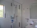 bathroom-010